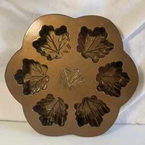Nordic Ware Maple Leaf Shaped Brownie Cupcake Mold